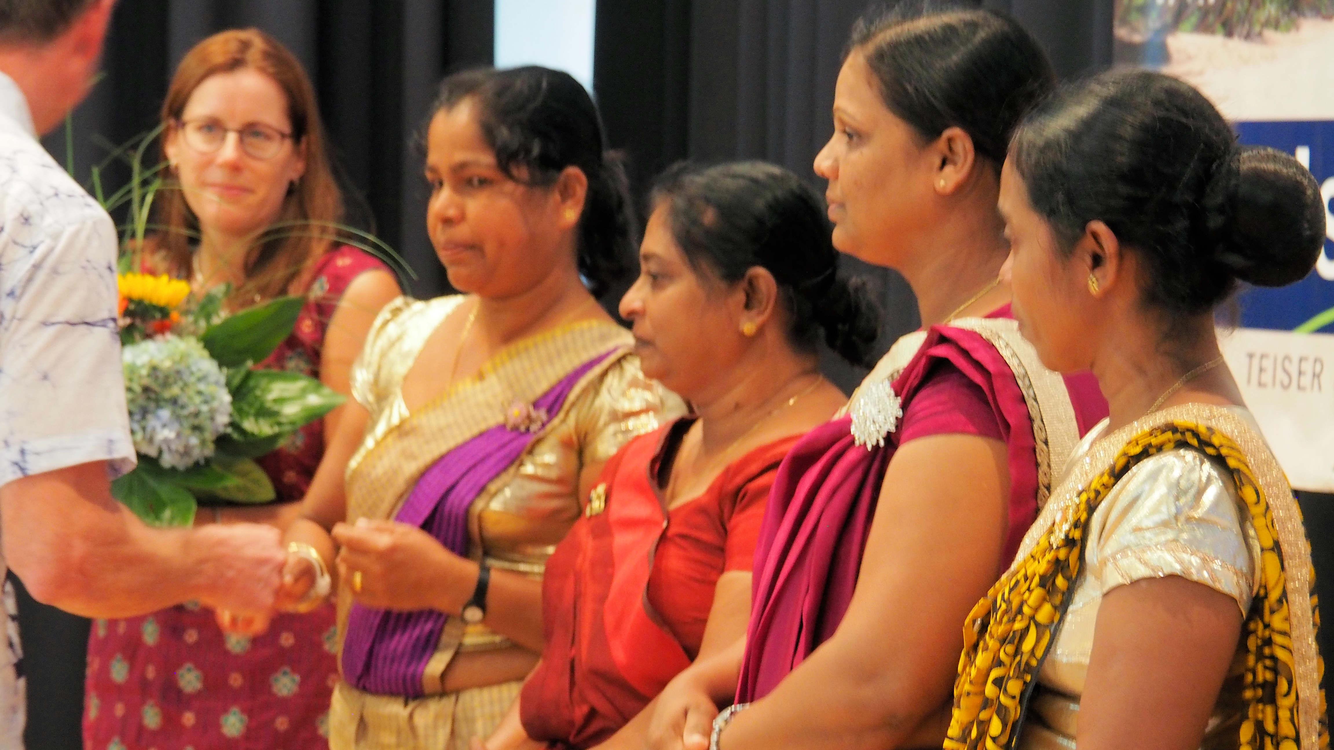 Zur Jubiläumsfeier waren vier Kindergärtnerinnen aus Sri Lanka angereist